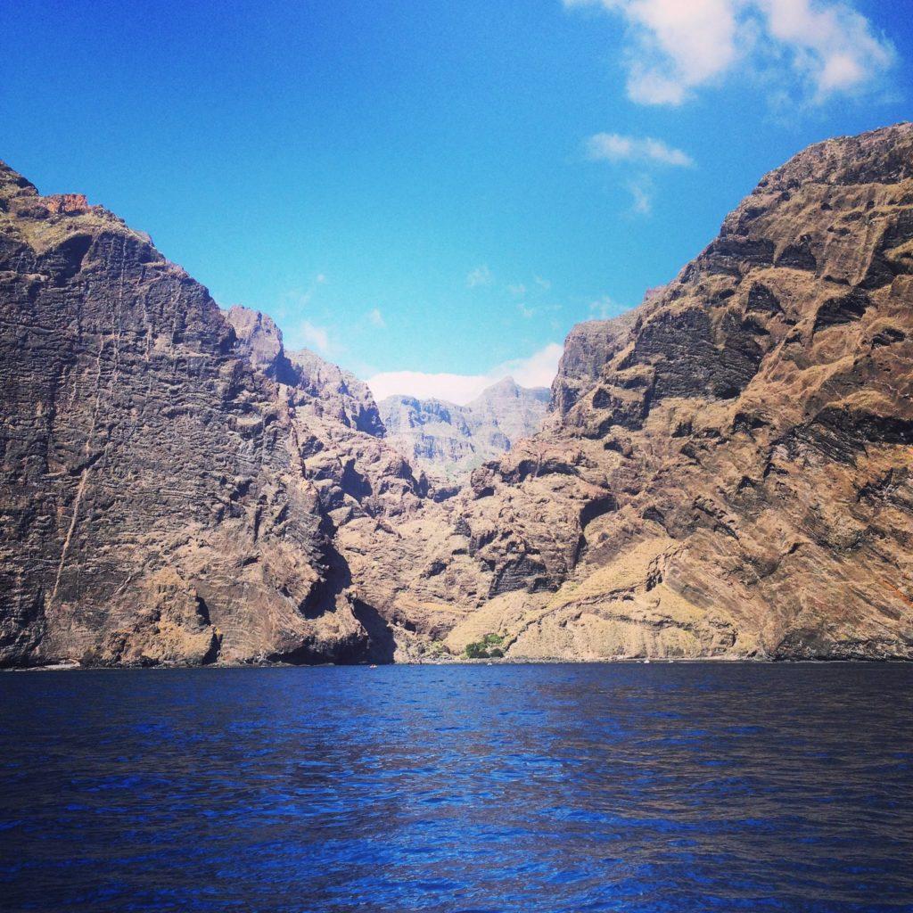 MASCA, barranco y acantilados, vistos desde el mar. Gregorios wanderfamily Tenerife. Victor Camejo