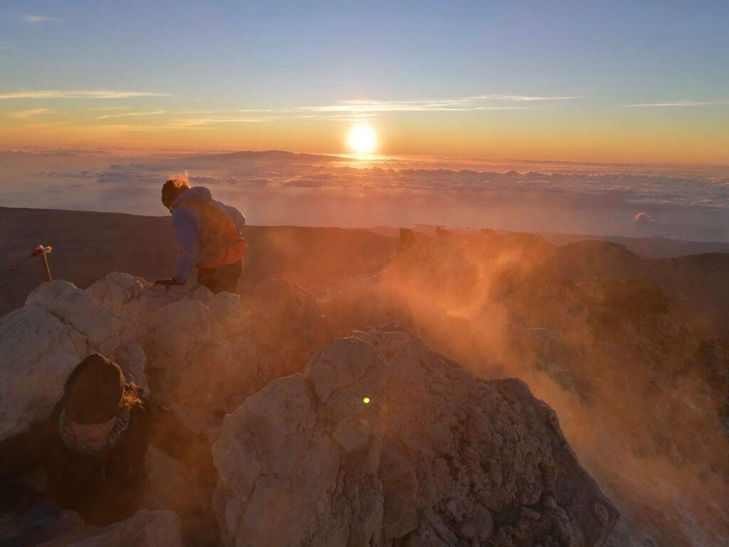 Rauch am Teide Gipfel. Gregorios wanderfamily Teneriffa
